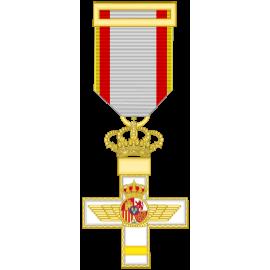 Cruz al merito Aeronautico distintivo amarillo (mediana)