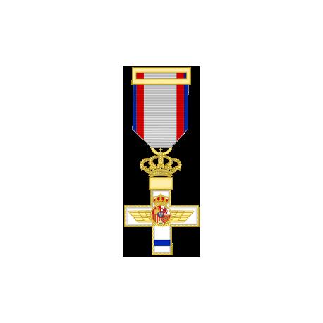 Cruz al merito Aeronautico distintivo azul (mediana)