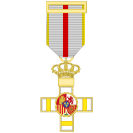 Cruz al merito militar distintivo amarillo (mediana)